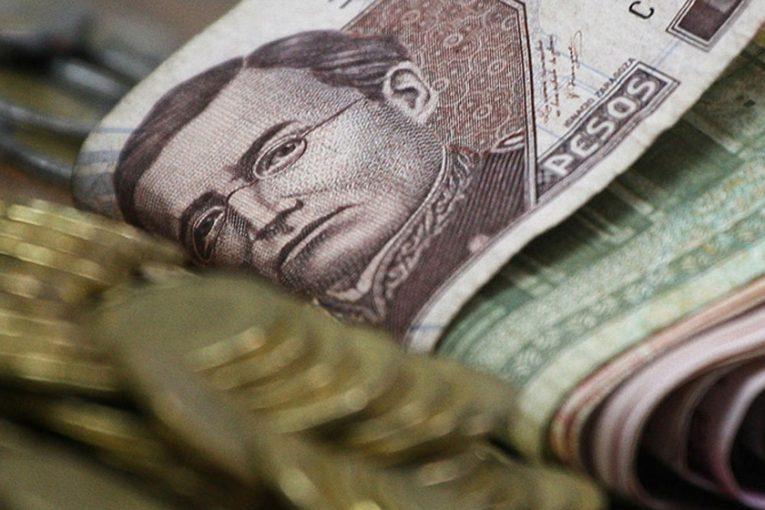 dinero-mexico-0206134-765x510