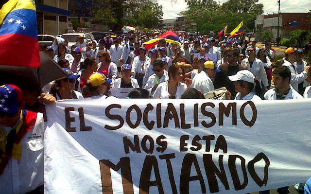 57324bvenezuela-marcha-doctores-contra-socialismo-2016